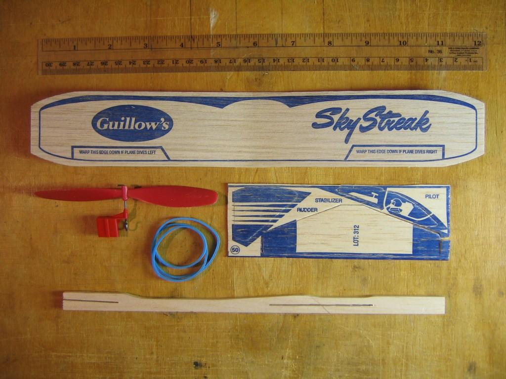 Guillow's Sky Streak 015