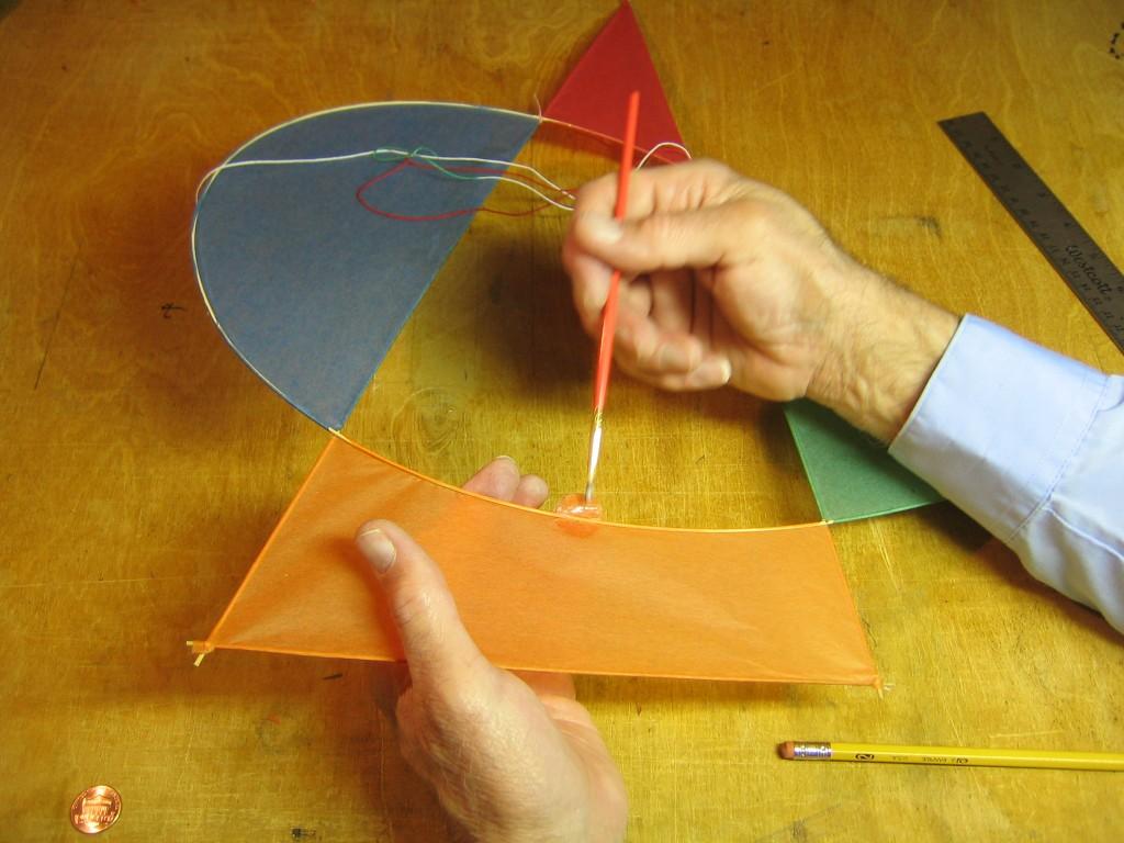 Asymmetric Kites 044