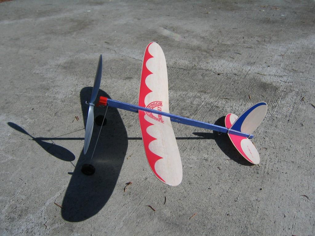 AJ Hornet 006