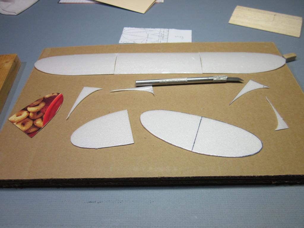 Foam Plate Plane 049