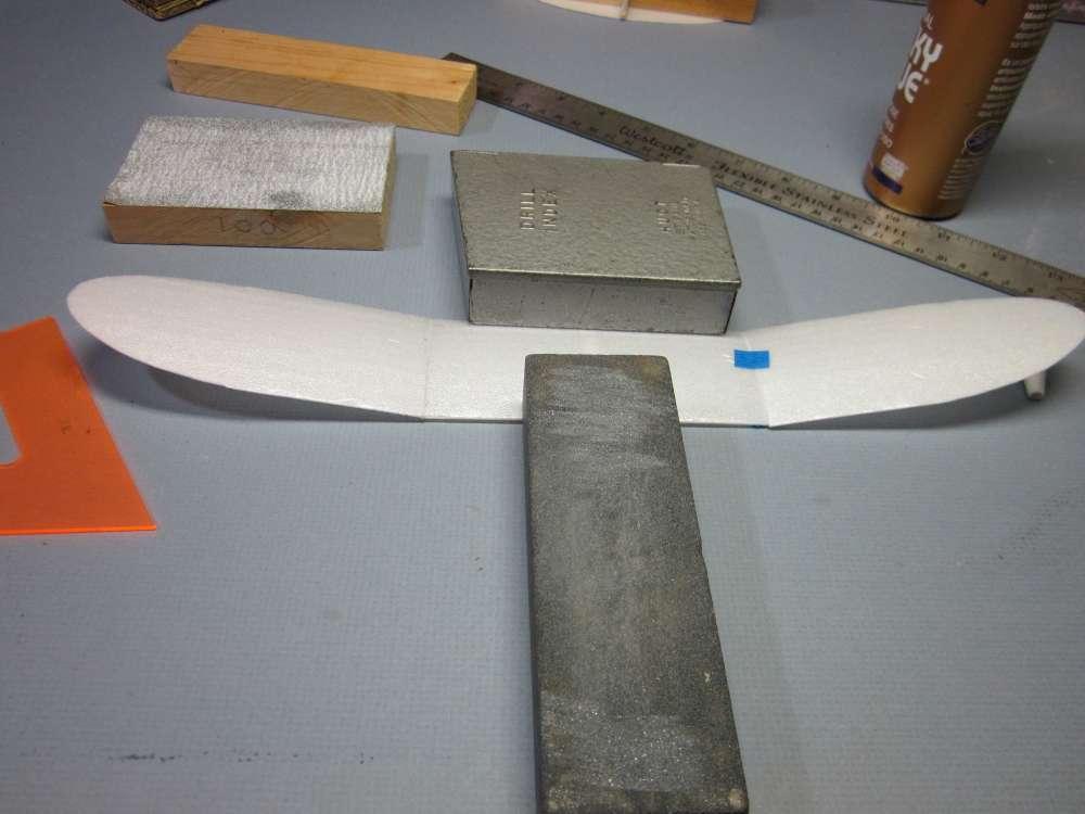 foam-plate-plane-107-1000