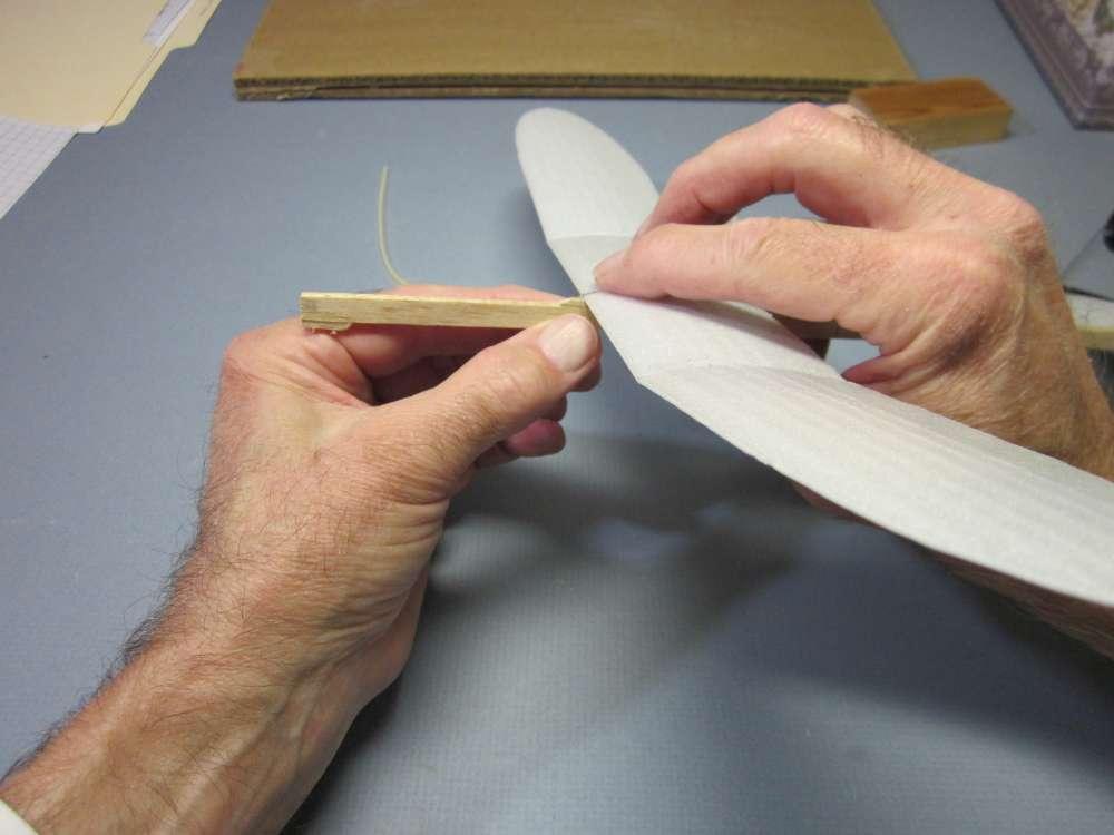 foam-plate-plane-177-1000